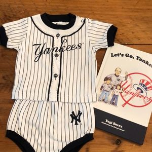 Little NY Yankee Fan Outfit and Storybook